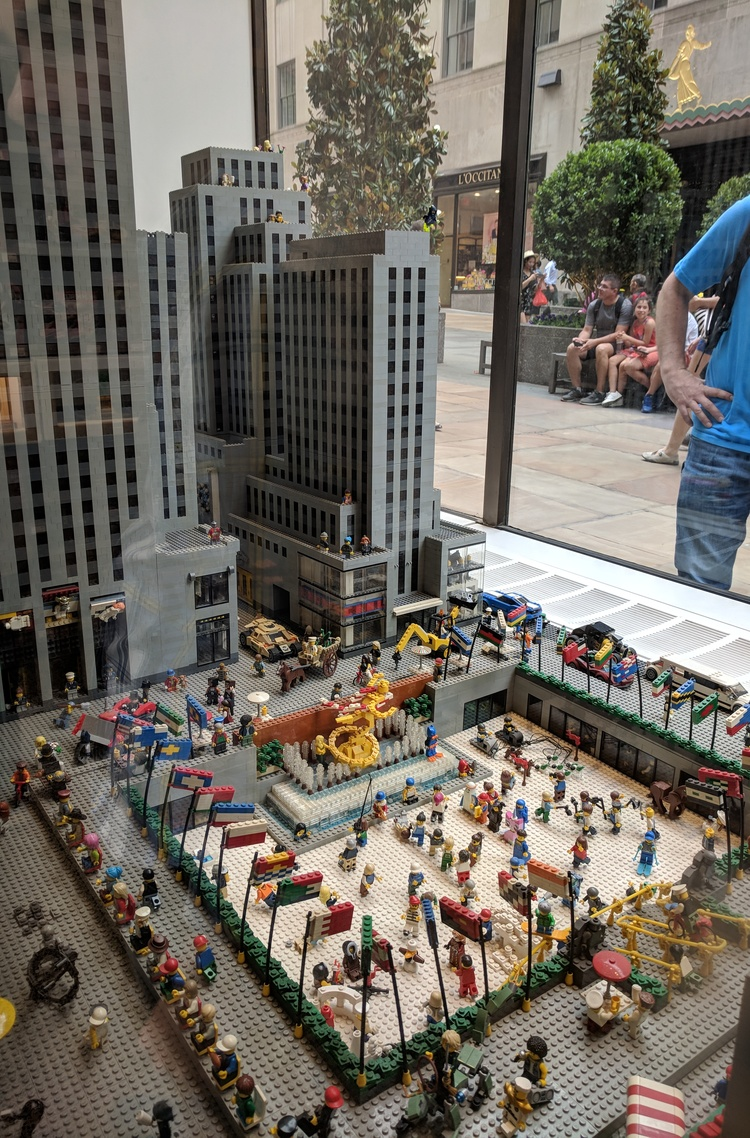 Rockefeller Center (Lego version)