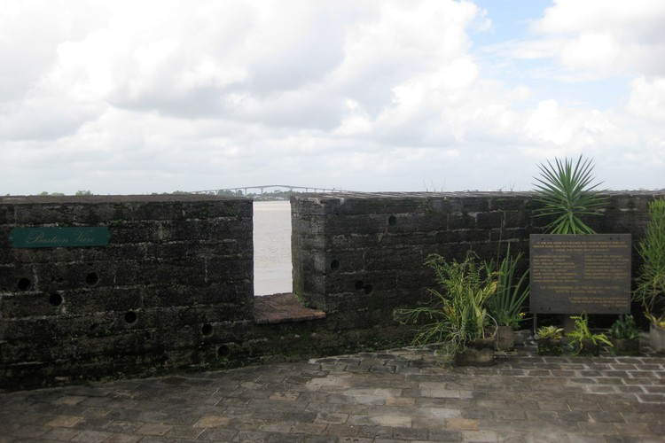 Monument voor de Decembermoorden