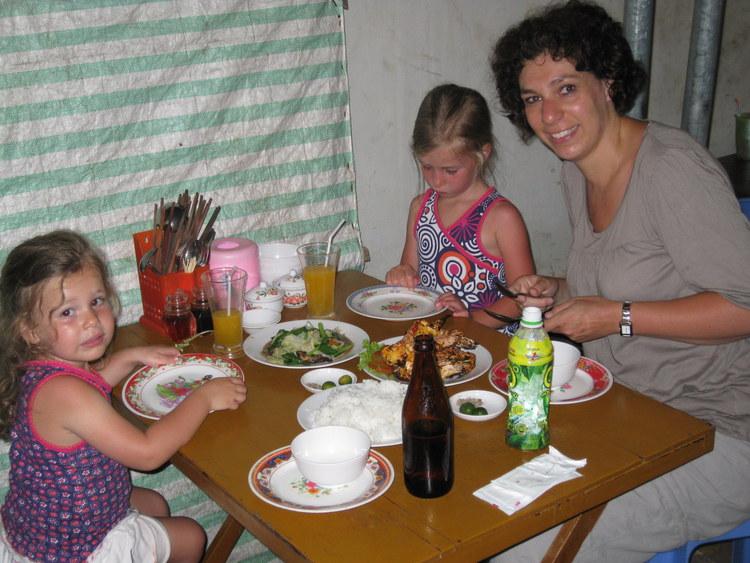 Diner op de night market